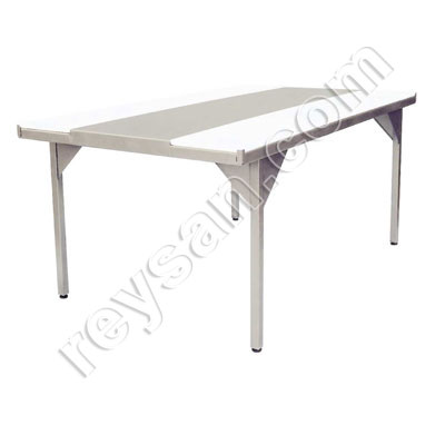 POLYETHYLENE CUTTING TABLE-INOX