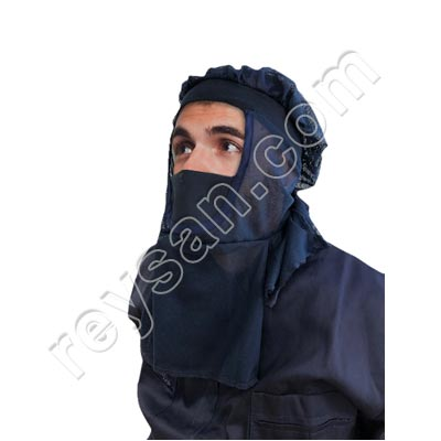 PROTECTIVE BALACLAVA WITH SHOULDER PADS